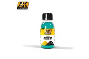 Photo Etch Varnishing Liquid - AK174