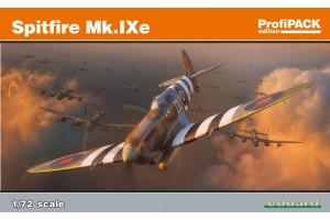 Spitfire Mk. IXe (1:72) - 70123