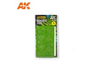Bracken Fern - 1:35 - 8136