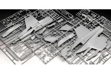 "Plastic ModelKit letadlo 03864 - F/A-18E Super Hornet ""Top Gun"" (1:48)"