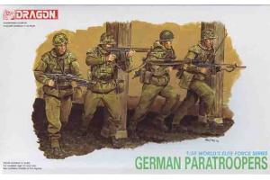 GERMAN PARATROOPERS (1:35) - 3021